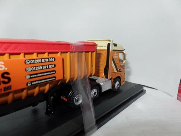 Oxford 76MB008 MB008 1/76 OO Mercedes Actros SSC Tipper Ronnie S Evans